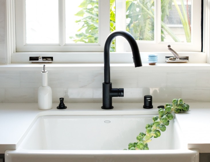 MUST-SEE: Now Trending In Cool Faucet Finishes: Black Is Hot! > http://carlaaston.com/designed/must-see-now-trending-in-cool-faucet-finishes-black-is-hot — One of the trends I noticed at this year's Kitchen and Bathroom Industry Show was the application of black finishes on faucets. Really, every time I'd turn a corner I saw more faucets with black finishes. They were everywhere! | Image source: Remodelista