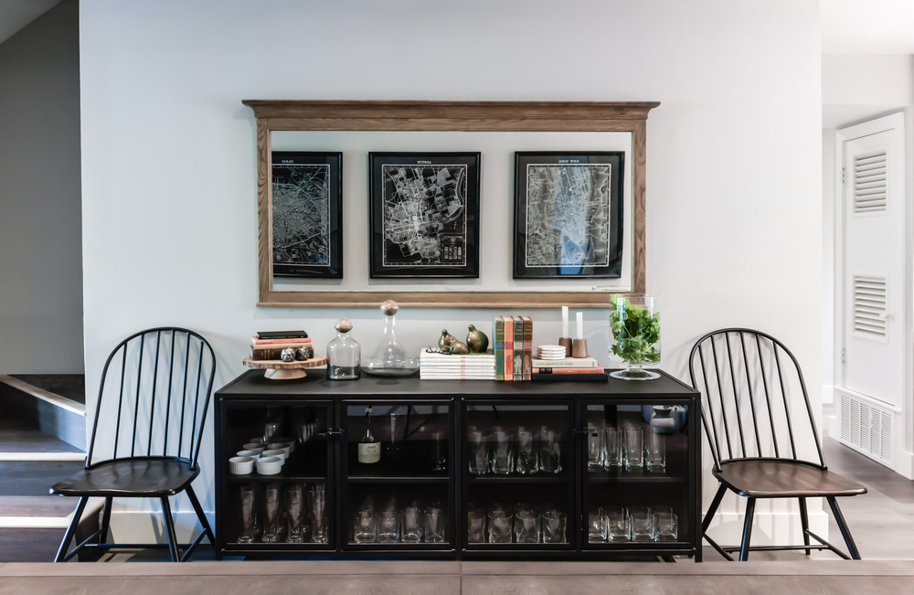 Home remodel; mirror; bar; decor; chair | Interior Designer: Matt Tsang