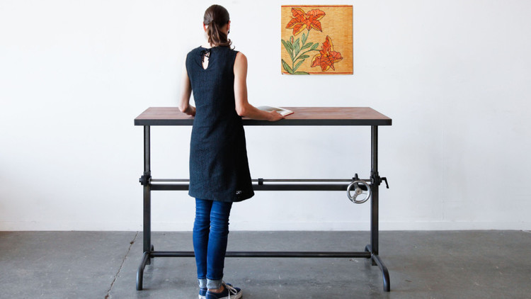 MUST-SEE: How To Stylishly Design A Standing Desk Into Your Home Office > http://carlaaston.com/designed/how-to-stylishly-design-a-standing-desk-into-your-home-office —I've had several clients who work from home, and some of them were interested in using a standing desk, and...  | Standing desk by: Ohio Design