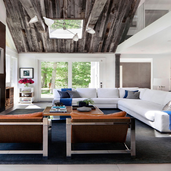 "MUST-SEE: A Modern ""Dream House"" In Connecticut > http://www.huffingtonpost.com/decor-aid/a-modern-dream-house-in-c_b_7484116.html — Here's a before and after you're going to want to look at: a modern redo of a tired, traditional Connecticut home. It's bright, fresh, and, overall, a spectacular transformation.  