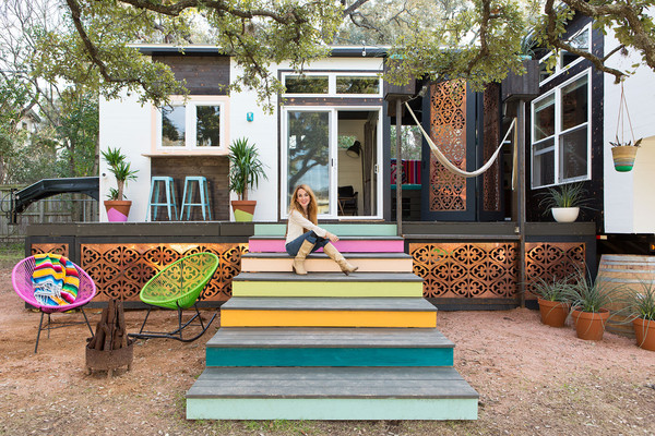 MUST-SEE: Tiny House in Austin by Kim Lewis > http://www.lonny.com/Tiny+House+in+Austin+by+Kim+Lewis — I'm too much of a hoarder to be able to embrace the whole tiny house trend everyone seems to be talking about these days. Or maybe I just love my creature comforts too much. Despite all that, I can't help but love this tiny house that was done by Austin Texas designer Kim Lewis. I mean really… This is how a tiny space should be designed: all the way through; with thoughtful, deliberate, unique approaches to creating the idea of spaciousness; and too many fun design features to count. Check this out, all right – I think you're going to love it, too.  | Interior Designer: Kim Lewis