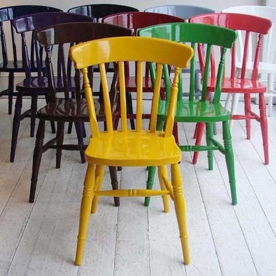 Glossy paint wood chair | Image source: Apartment Therapy
