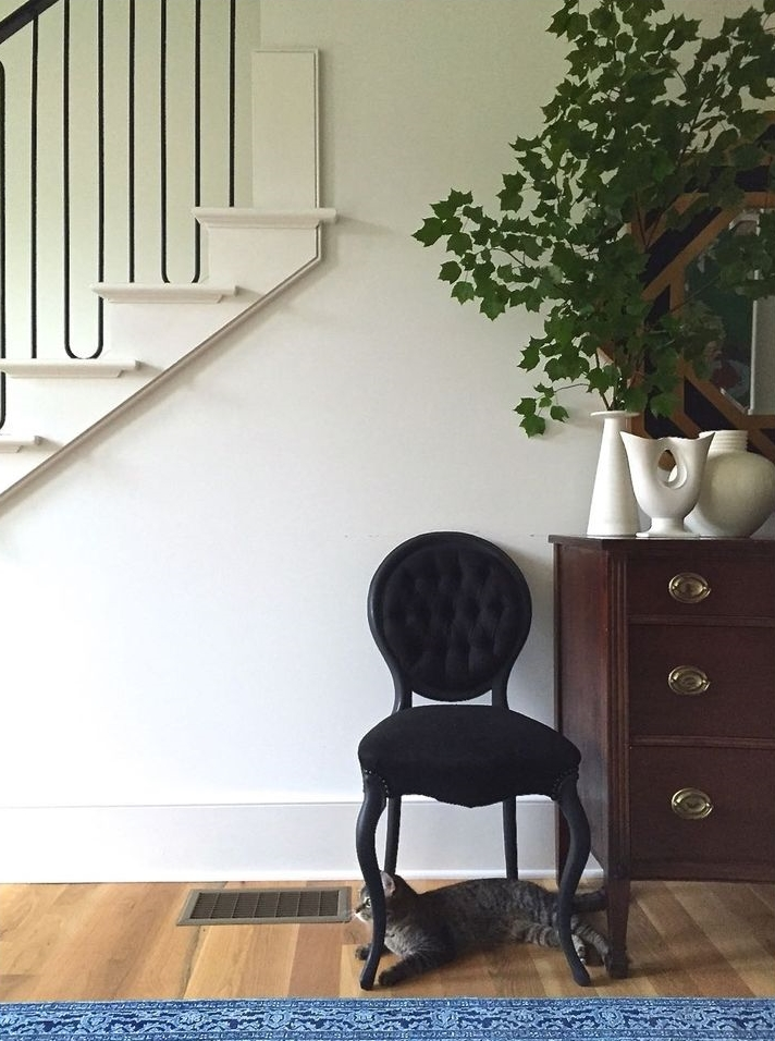 Upholstered chair; stairway | Image source: tphblog.com