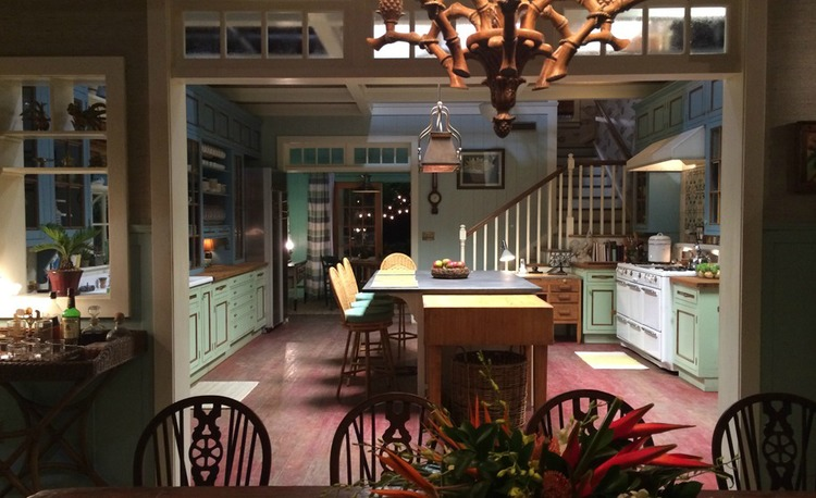 MUST-READ: Netflix's 'Bloodline' House: How It Was Designed & Decorated > http://carlaaston.com/designed/netflixs-bloodline-house-how-it-was-designed-decorated — I recently had the privilege of speaking with Bloodline's Series Production Designer Scott P. Murphy. And what a pleasure it was!   | Set Designer: Scott P. Murphy