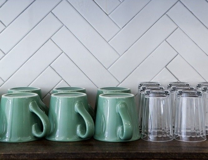 MUST-HAVE: TRENDING @ HOME: The Herringbone Pattern Backsplash — Here's Why: > http://carlaaston.com/designed/trending-home-the-herringbone-pattern-backsplash-heres-why — I'm working on a few kitchen remodels where the clients like subway tile. But aren't we all getting a little used to it — you know — kind of like an old hat? | Interior Designer: Nicole Franzen