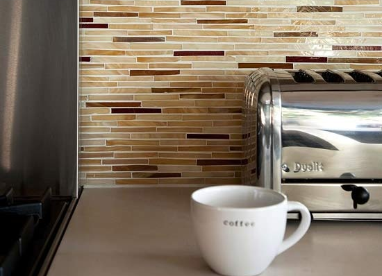 MUST-KNOW: Do Not Do This When You Design Your New Kitchen Backsplash > http://carlaaston.com/designed/kitchen-backsplash-dont — And here's one of my most popular no-no's regarding kitchen backsplashes. | Image source: BHG.com