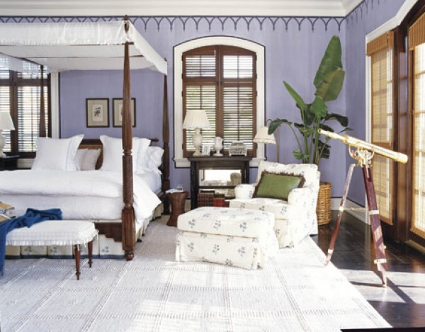 White bedding; bedroom; chair; bed; rug | Interior Designer: Robin Bell / Image source: House Beautiful