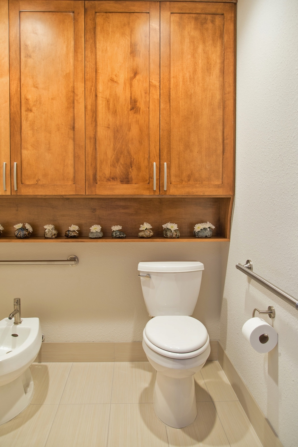 bathroom remodel featuring u niversal design accessible bathroom curbless