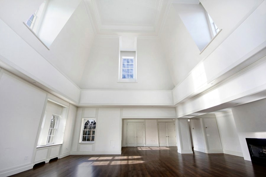 How To Decorate A Room With High CeilingsDESIGNED