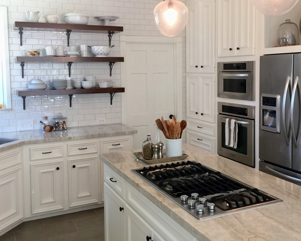 Island cabinet style that doesn't match perimeter cabinets