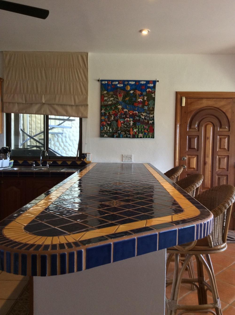 Costa Rica house's kitchen bar
