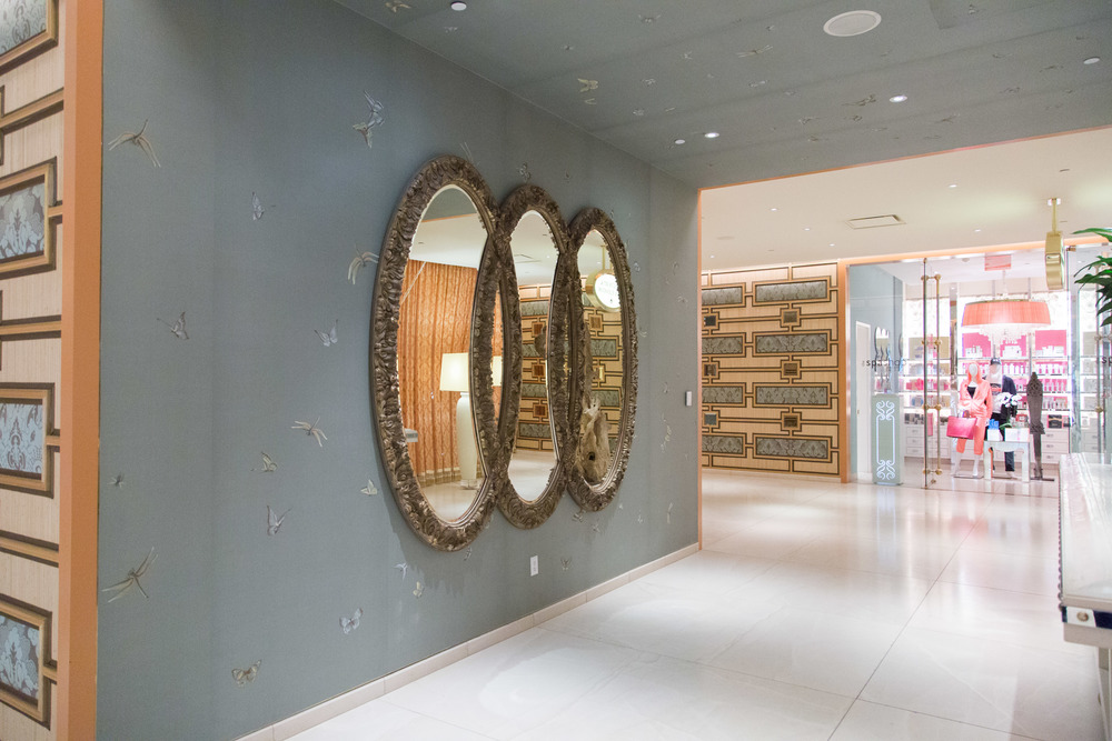 Wynn Hotel, spa, mirrors, gilded mirror | Photographer: Tori Aston