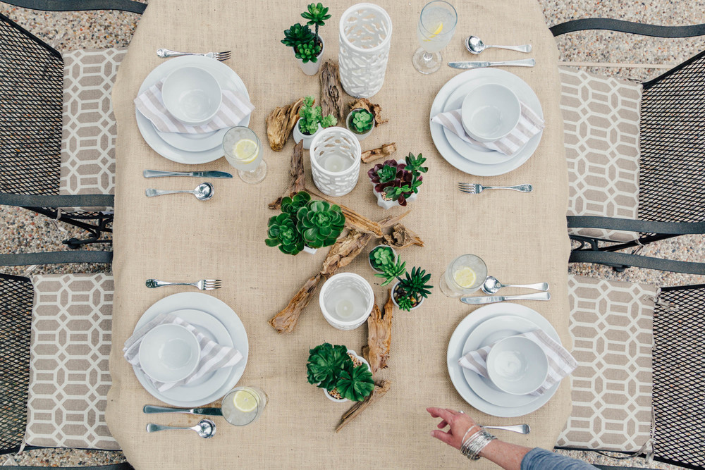 Tabletop | Interior Designer: Carla Aston / Photographer: Tori Aston