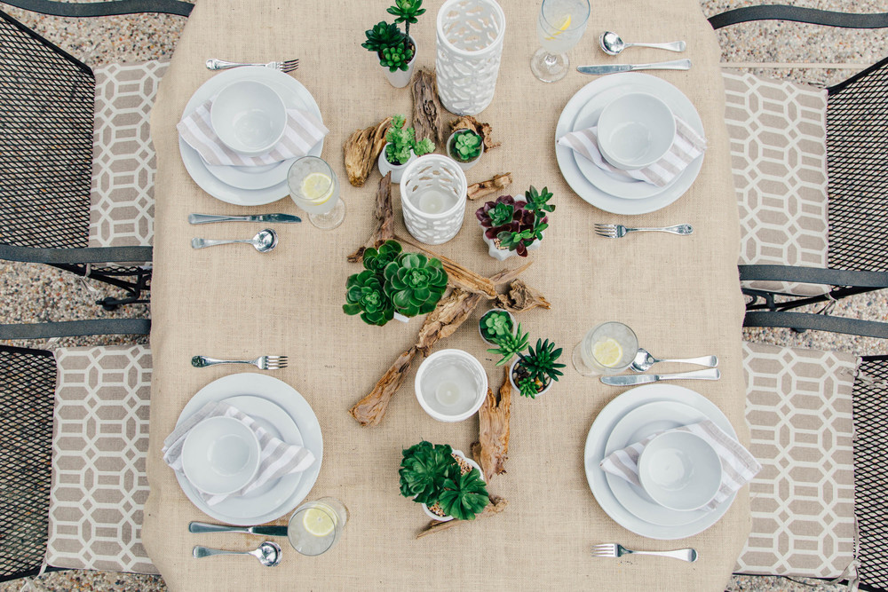 Tabletop | Interior Designer: Carla Aston / Photographer: Tori Aston