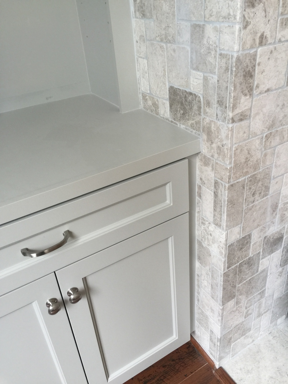 Tile returning to wall on sides - Detail | Interior Designer: Carla Aston