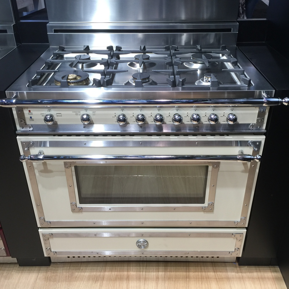 Bertazzoni seen at KBIS2016