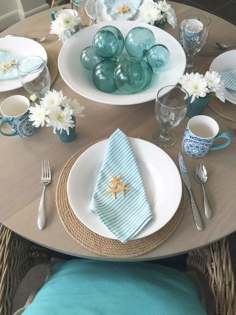 Coastal tabletop, beach inspired entertaining, turquoise and white | Interior Designer: Carla Aston