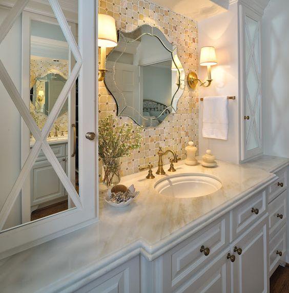 10 Of My Best Bathroom Design Tips!| Bathroom cabinetry / Medicine cabinet |Designer: Carla Aston #bathroomdesign #bathroomcabinets #medicinecabinet