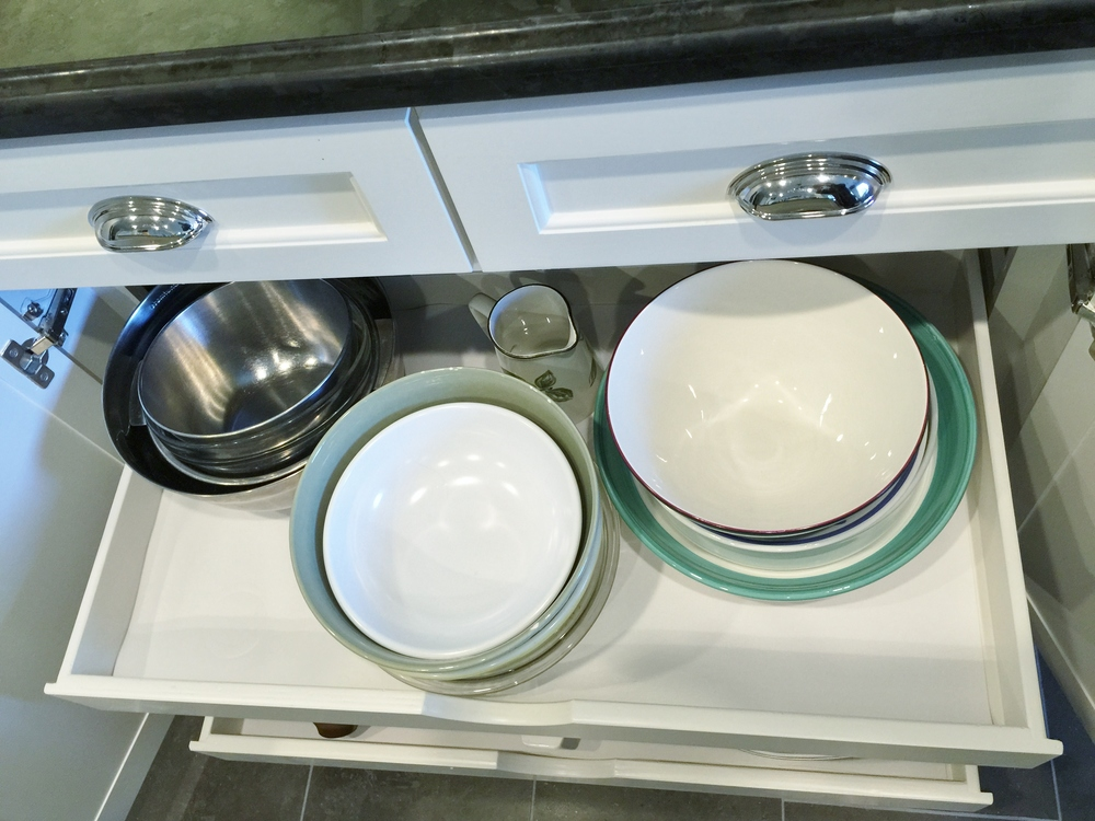 Pull-out drawers in lower cabinetry