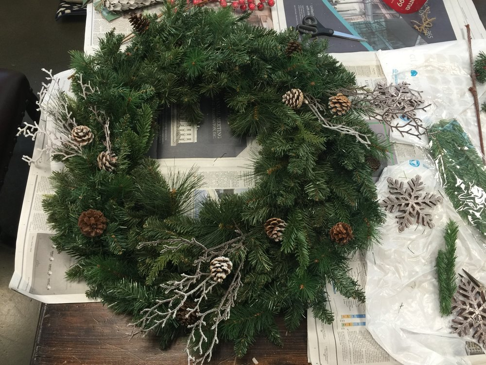 DIY Woodland Christmas Wreath