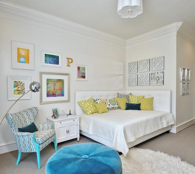 Upholstered corner daybed, Carla Aston - Designer