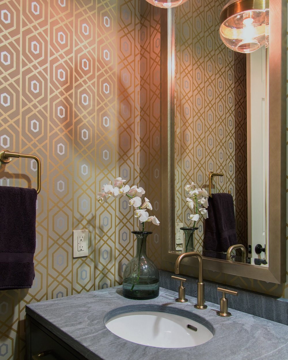 "This one is maybe about 3"" or just under. Same idea. Pretty unnoticeable, because this bathroom is all about the wallpaper and the gold and gray color scheme. 