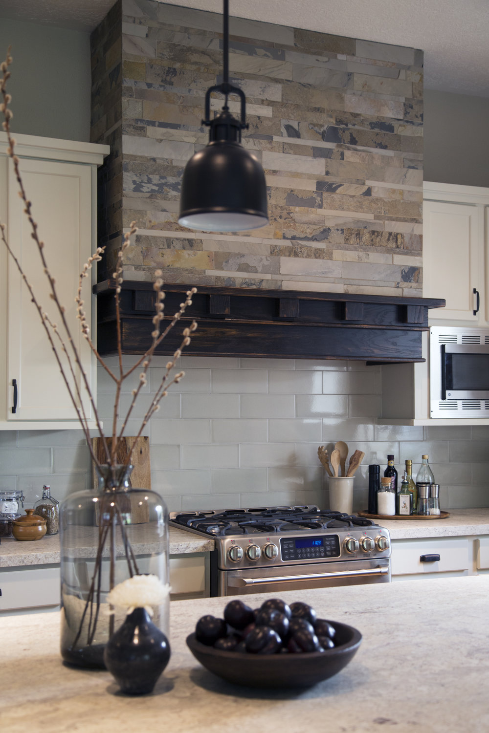 Honed granite countertops - Carla Aston Designer, Tori Aston Photographer
