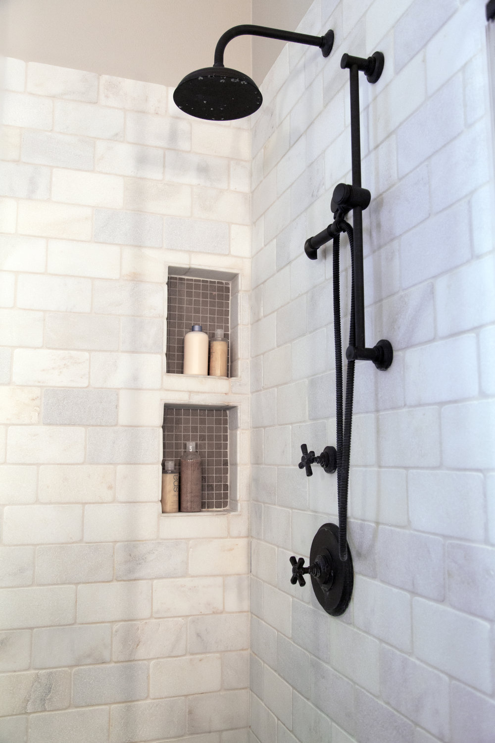 tumbled marble subway tile