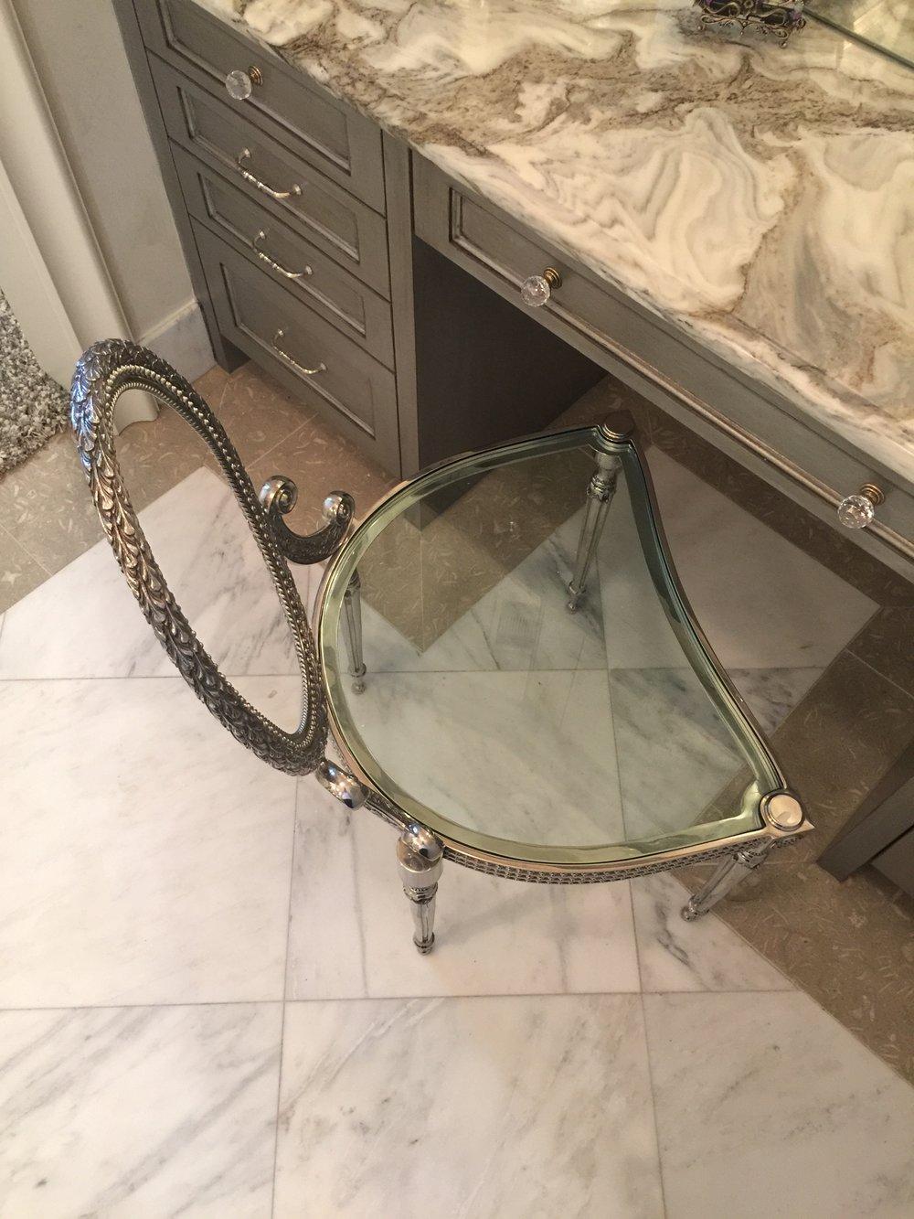 Master bath vanity - Donna Vining Designer