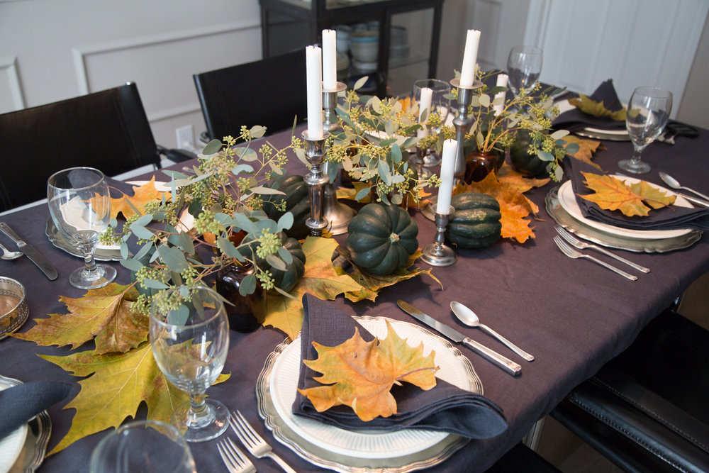 Fall tabletop w/greenery and fall leaves