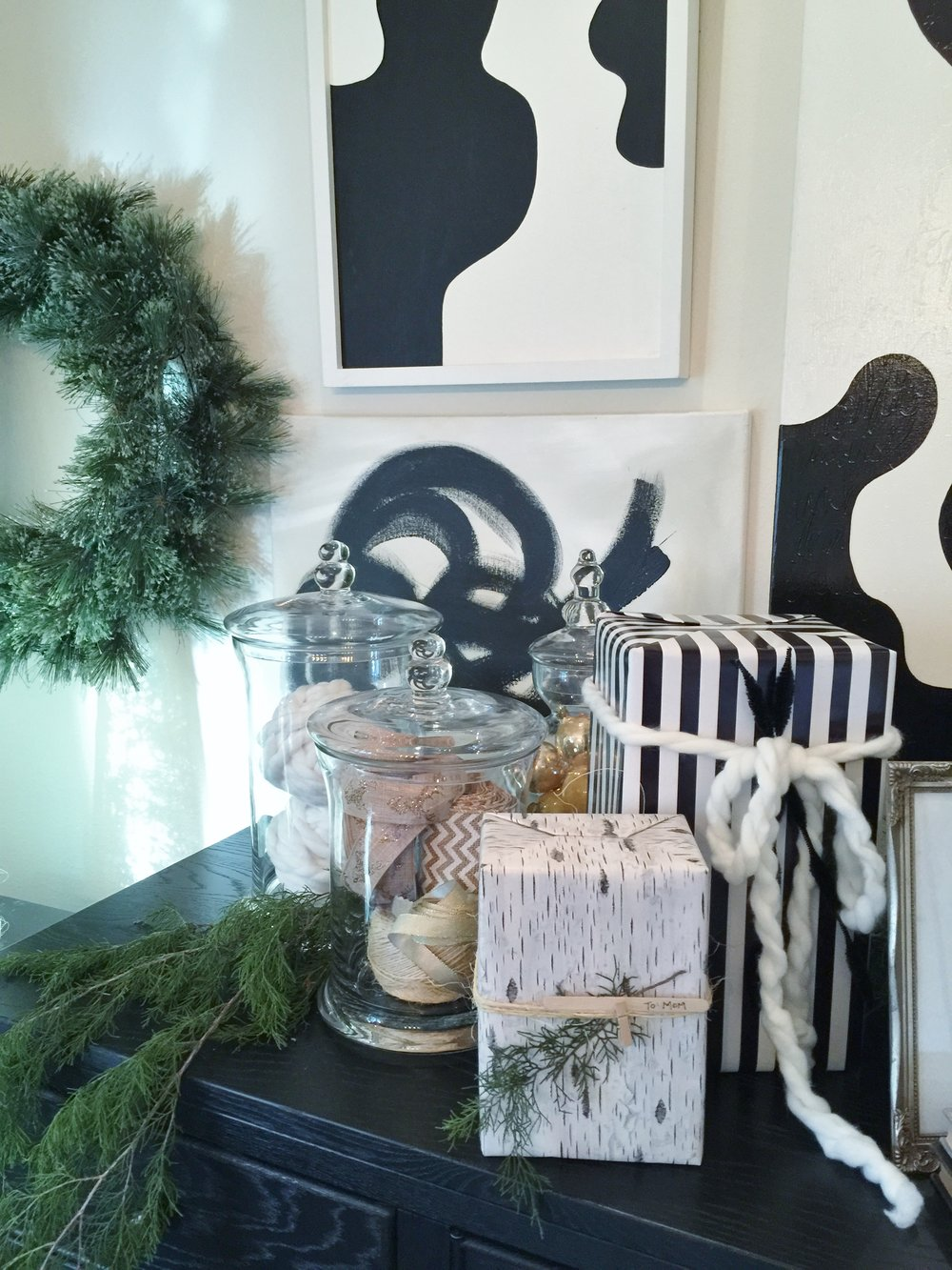 Holiday Showhouse, Craft / gift wrap room - Designer: Mark Todd Architects, Amy Salazar & Lauren Prestridge #christmasdecor