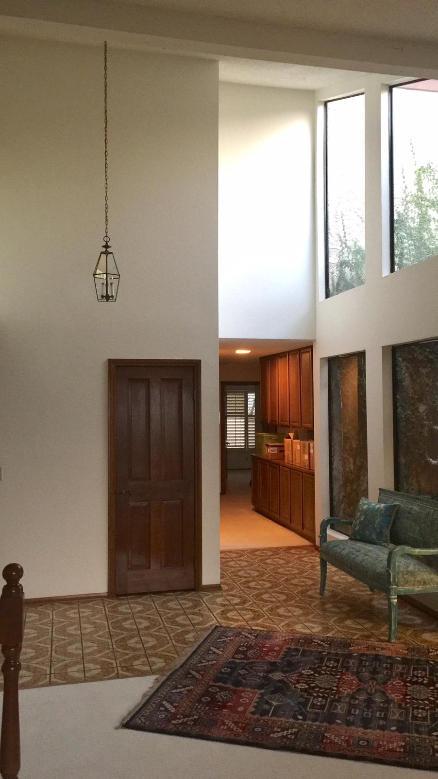 Entry hall with atrium windows
