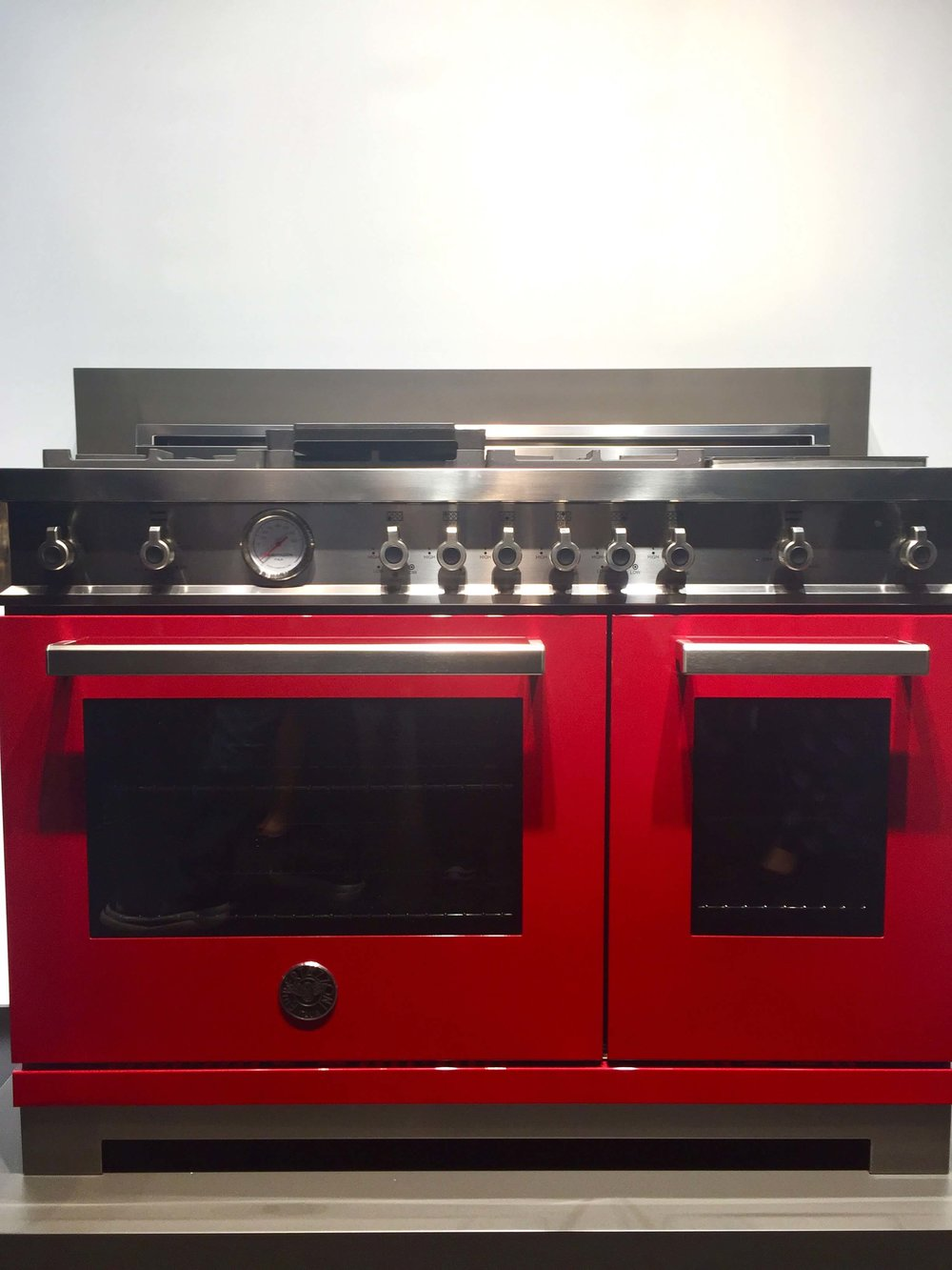 Bertazzoni ranges come in vibrant colors #bertazzoni