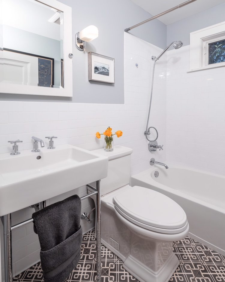 A Small Bathroom Makeover That You Wont Believe DESIGNED