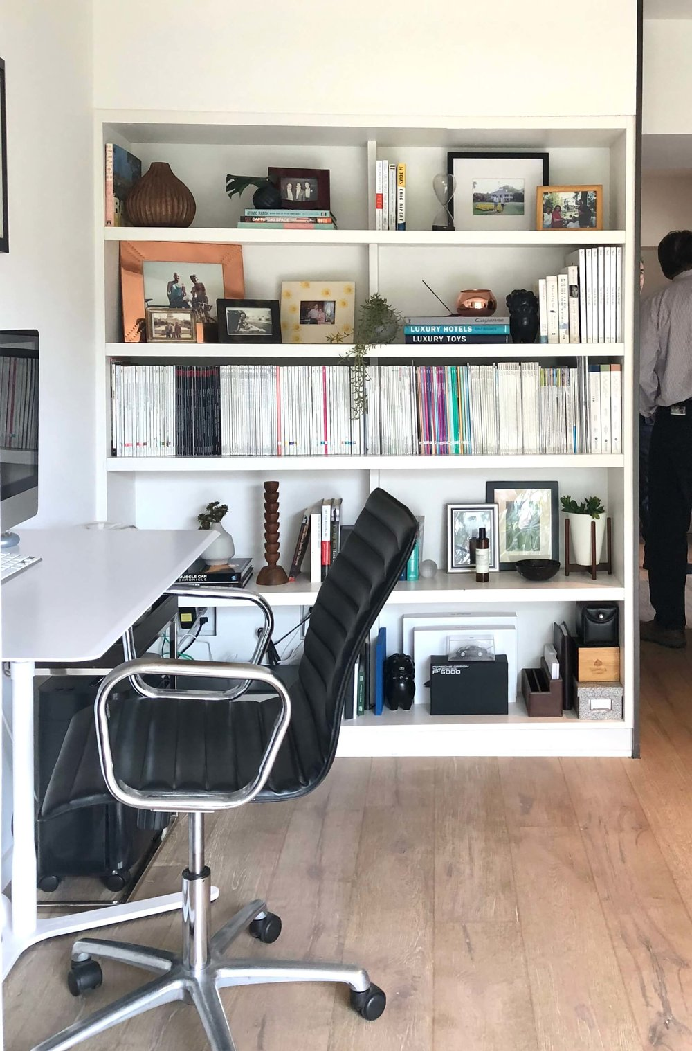Small home office with white shelving #homeoffice #bookshelves