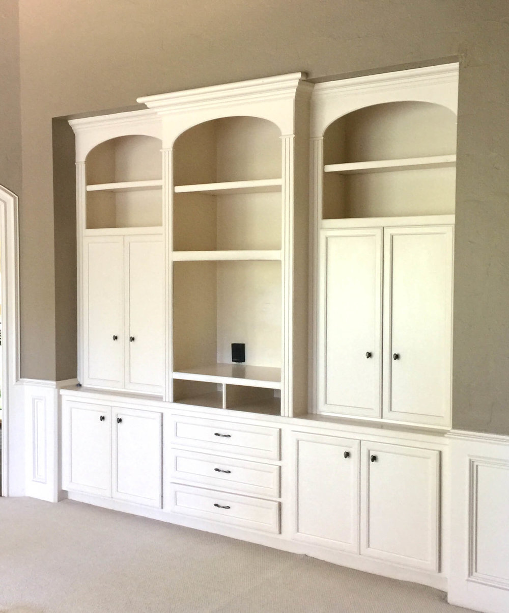 Before - Gameroom cabinetry for old style tv