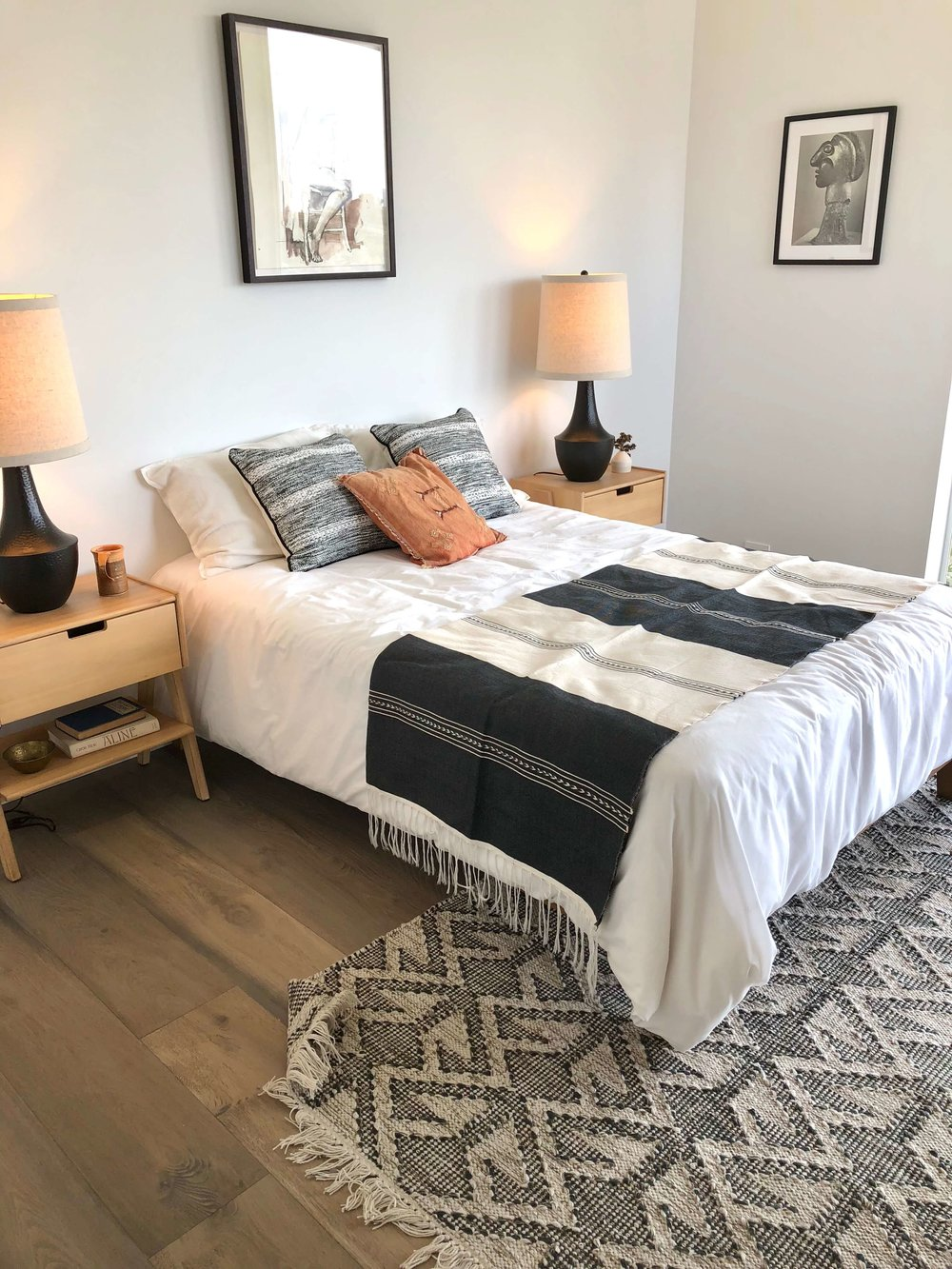 Black and white modern bedroom | California home tour