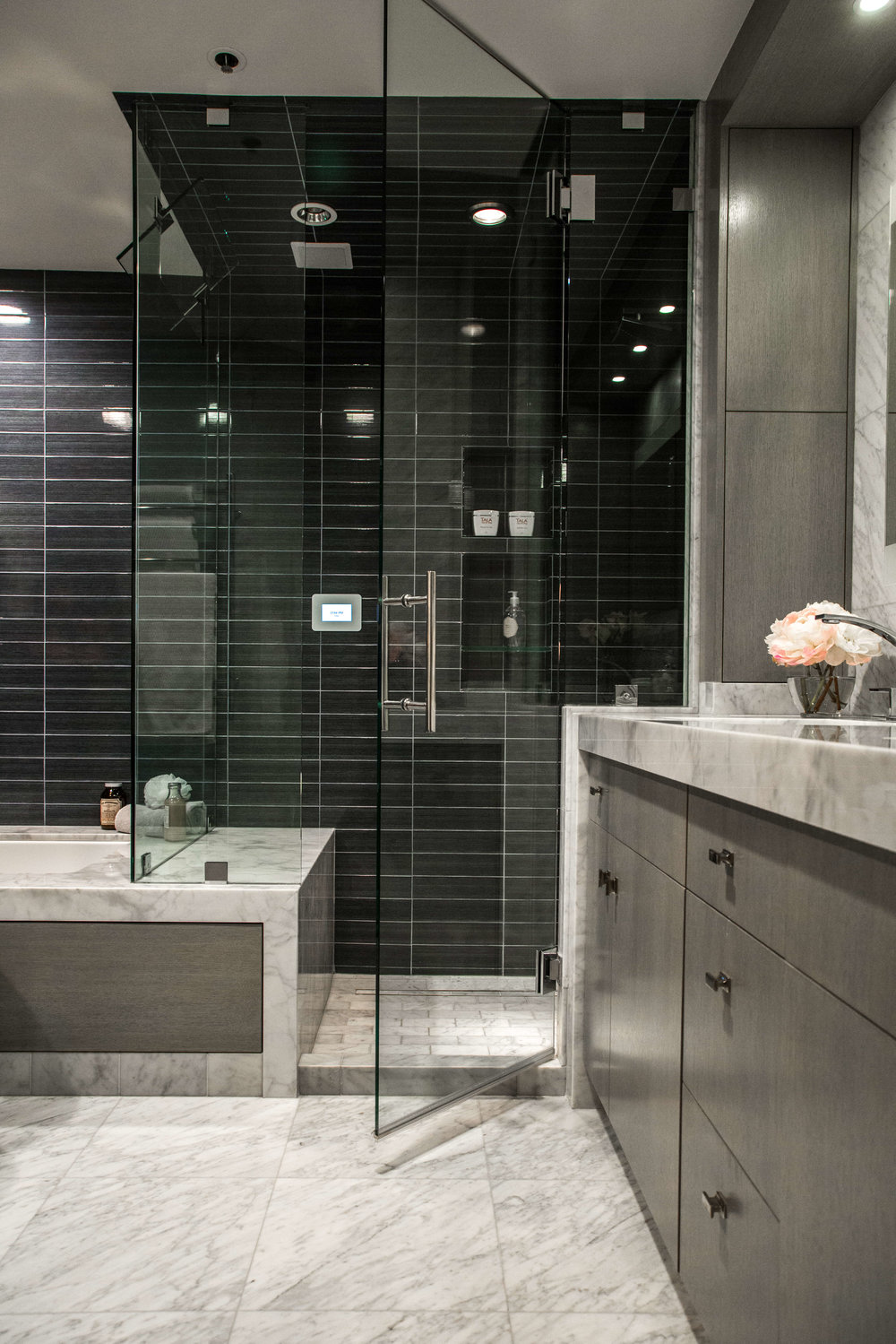 25 Beautiful Shower Niches For Your Beautiful Bath Products | Designer:  Lori Gilder , Image via:  Mr. Steam KBIS 2018