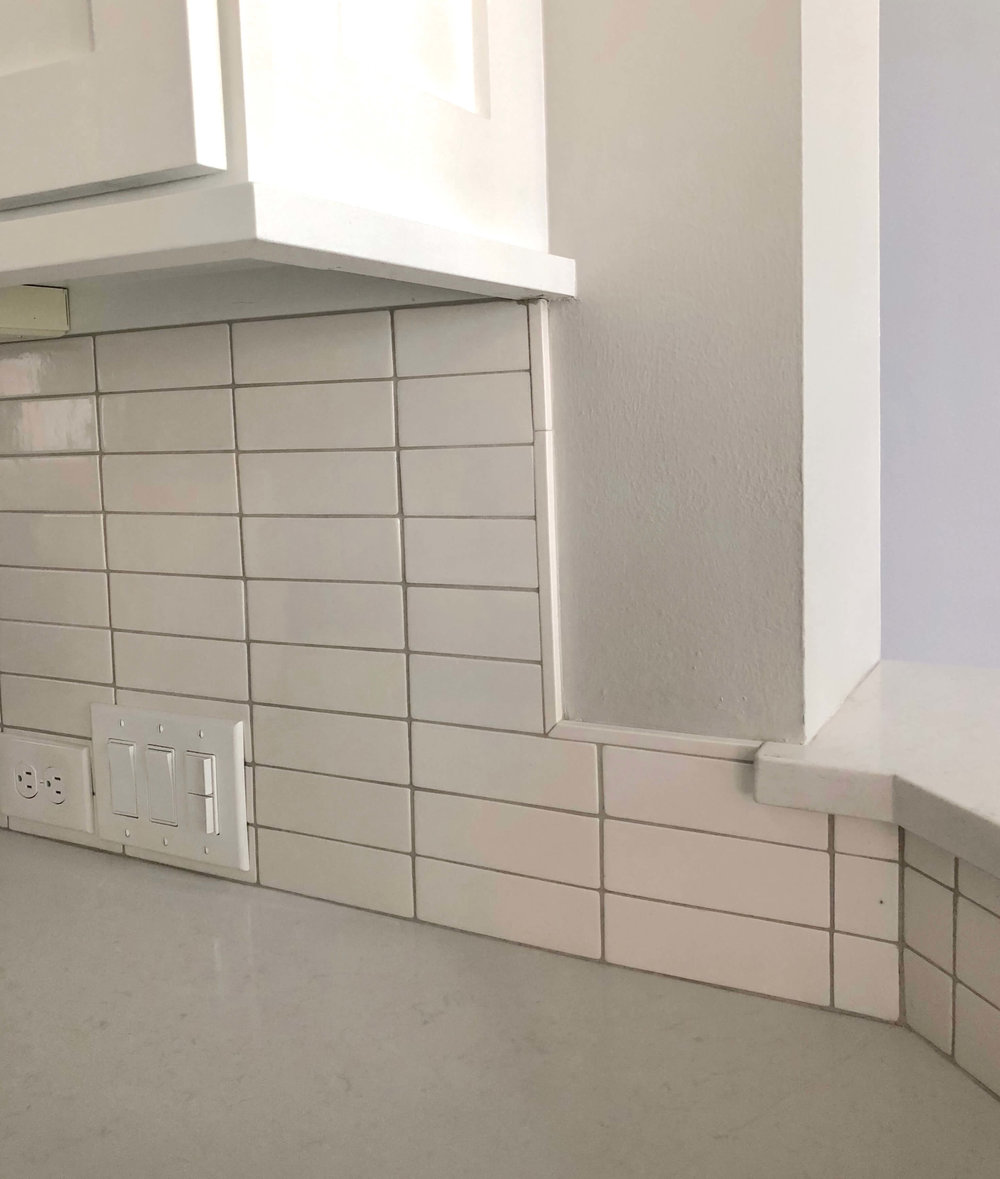 Kitchen Tile Backsplash How To Transition To A 42 High Bar At The