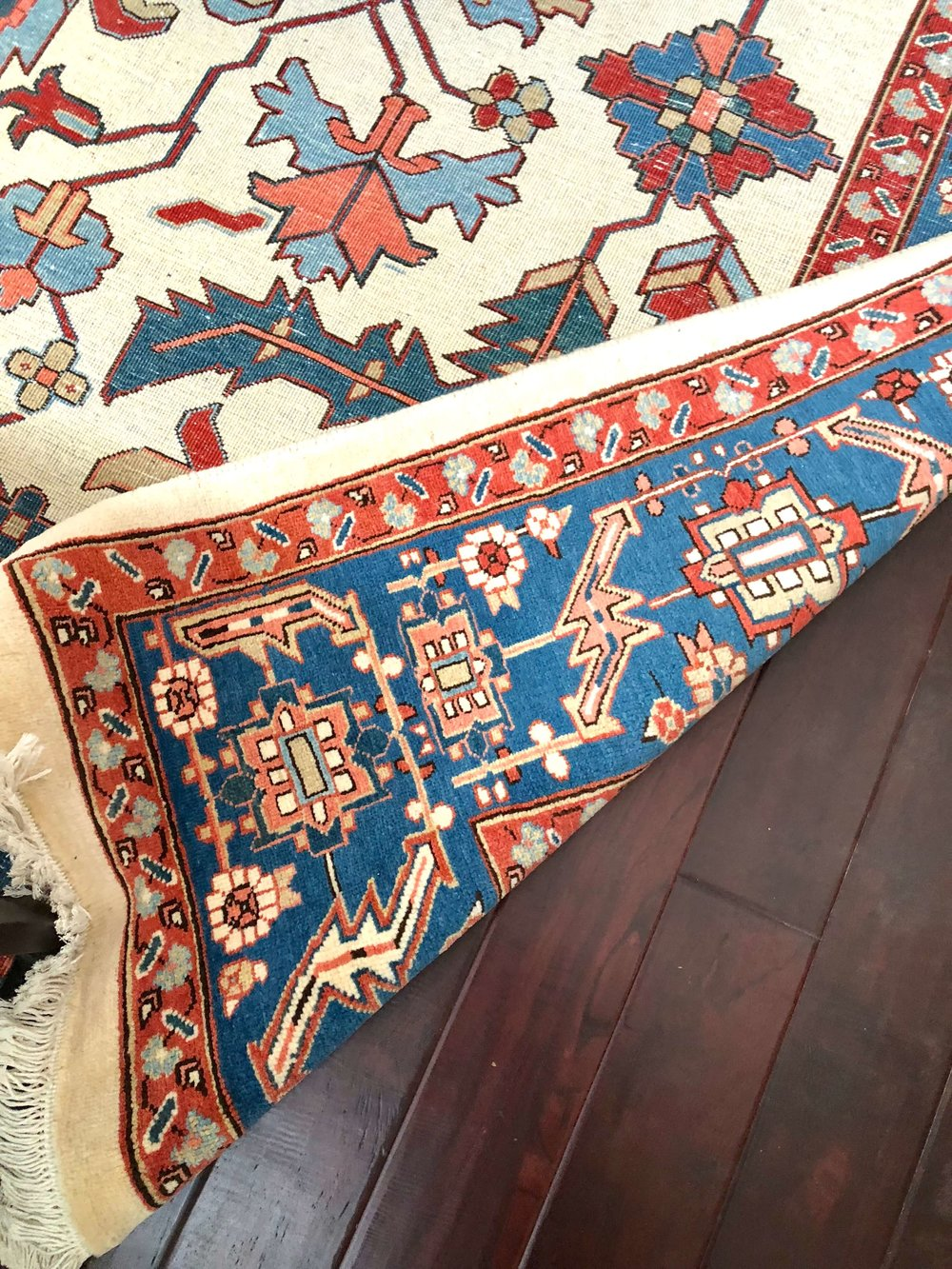 DECORATING TRICK to tone down brightly colored rugs | Corner has cut pile top exposed   #rugs #orientalrug