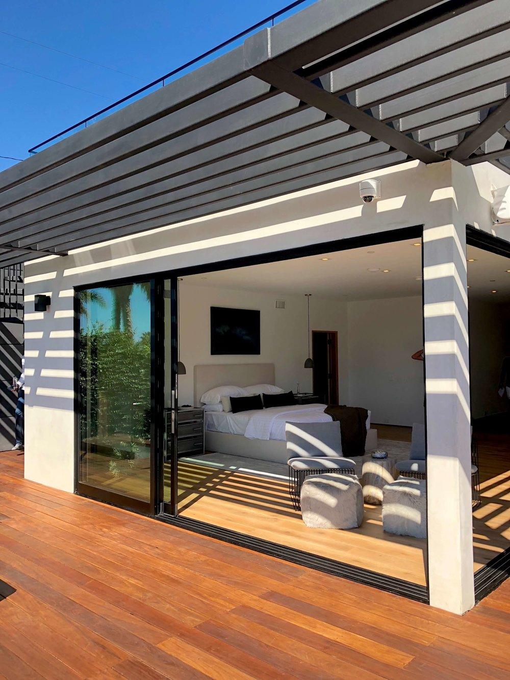 California contemporary home, Dwell on Design's Fall Home Tour, Designer: Vitus Matare #pergola #slidingdoors