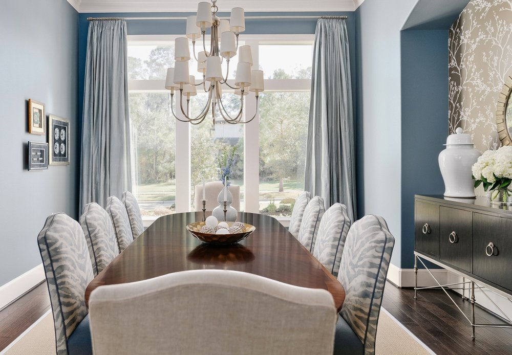 Elegant blue dining room | Carla Aston - Designer, Shaun Bain - Contractor, Colleen Scott - Photographer