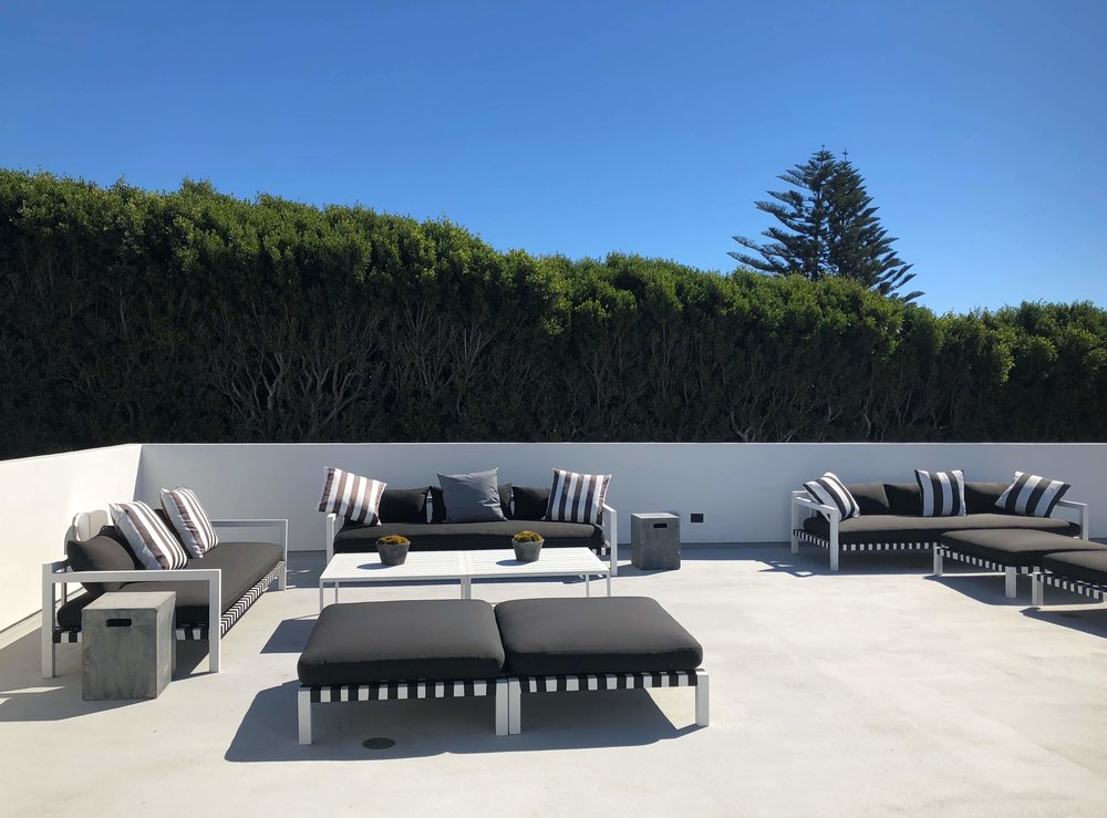 Patio on top of garage | California contemporary design - Dwell on Design's Fall Home Tour, Designer: Vitus Mitare #contemporaryarchitecture #patio