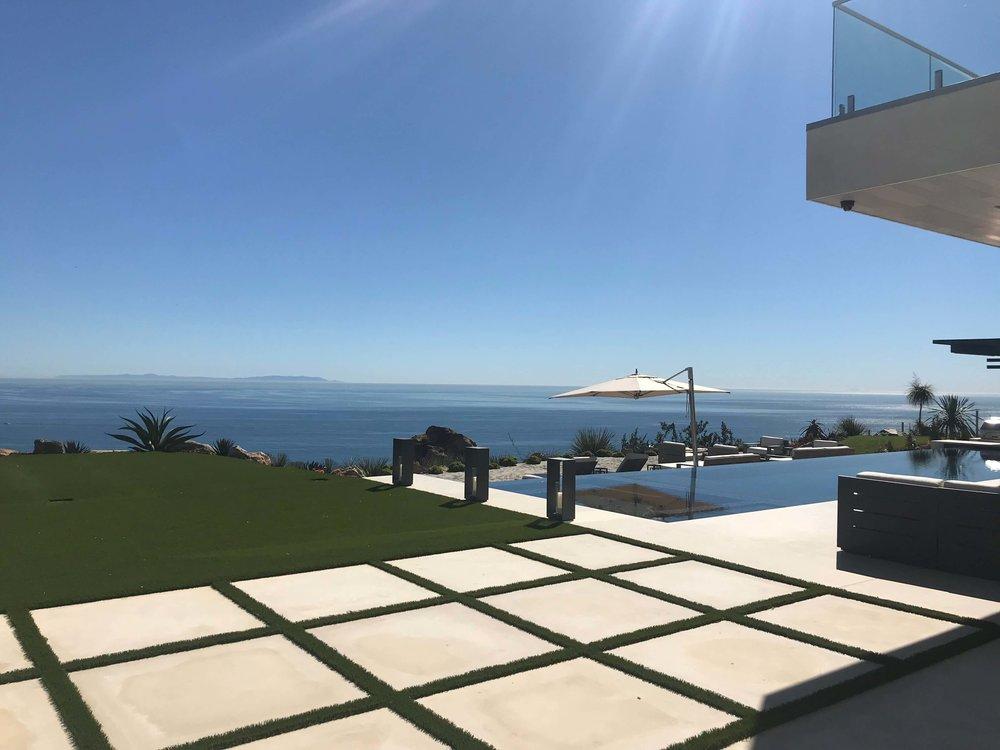 Malibu Home Tour, Dwell on Design - Burdge and Associates Architects | #contemporaryarchitecture #luxuryinteriors