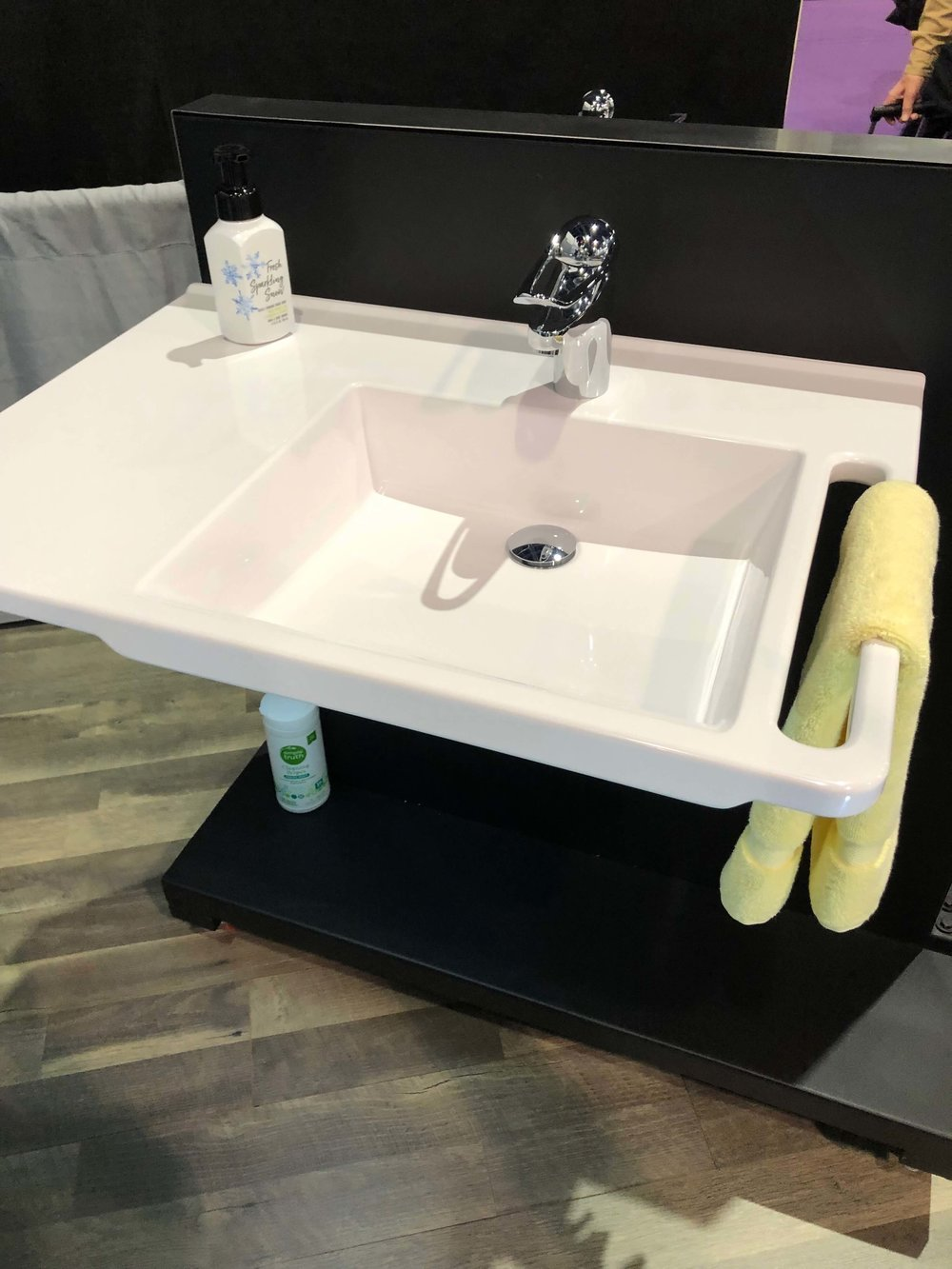 Accessible Design Products Found At KBIS 2019 - Safety Sinks | Universal Design, Barrier Free Design, Aging-in-Place #universaldesign #aginginplace #grabbars