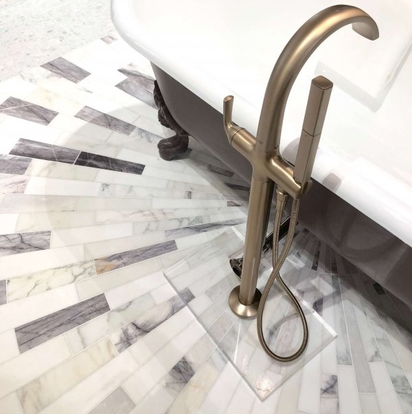 Ann Sacks mosaic marble tile floor in sunburst pattern | KBIS 2019 Surfaces Trends