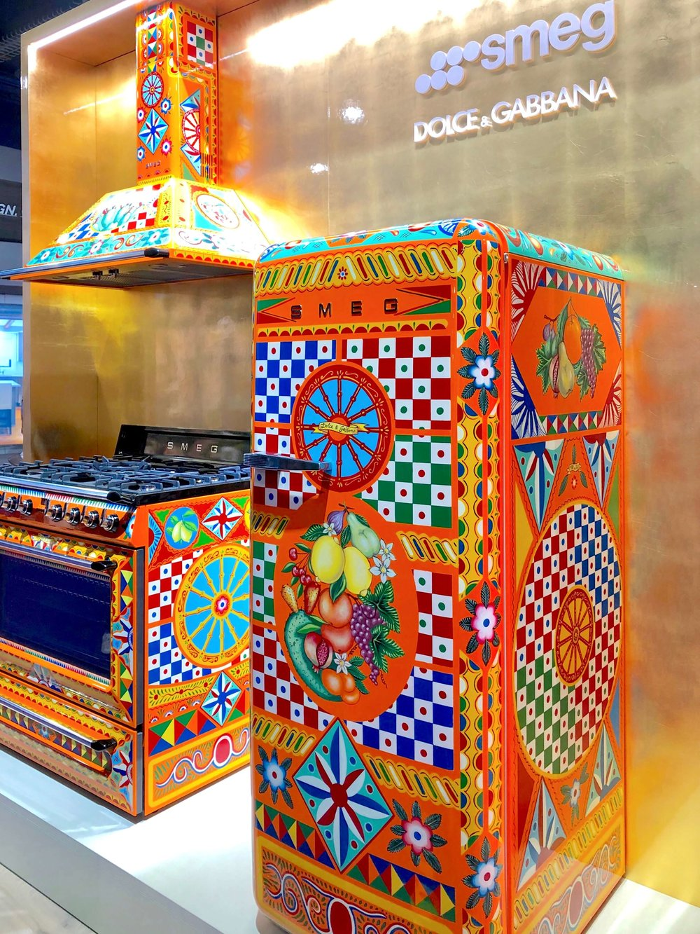 Colorful Smeg Appliances by Dolce & Gabanna, KBIS 2019