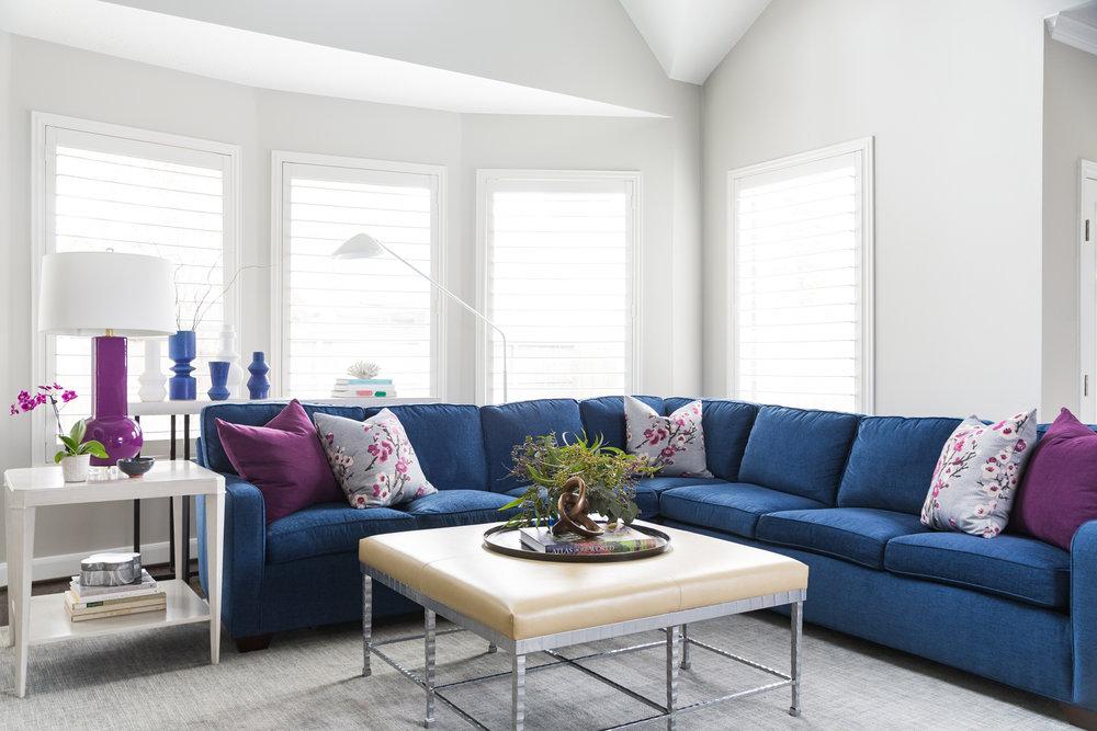 Sectional sofa | Carla Aston - Designer, Colleen Scott - Photographer