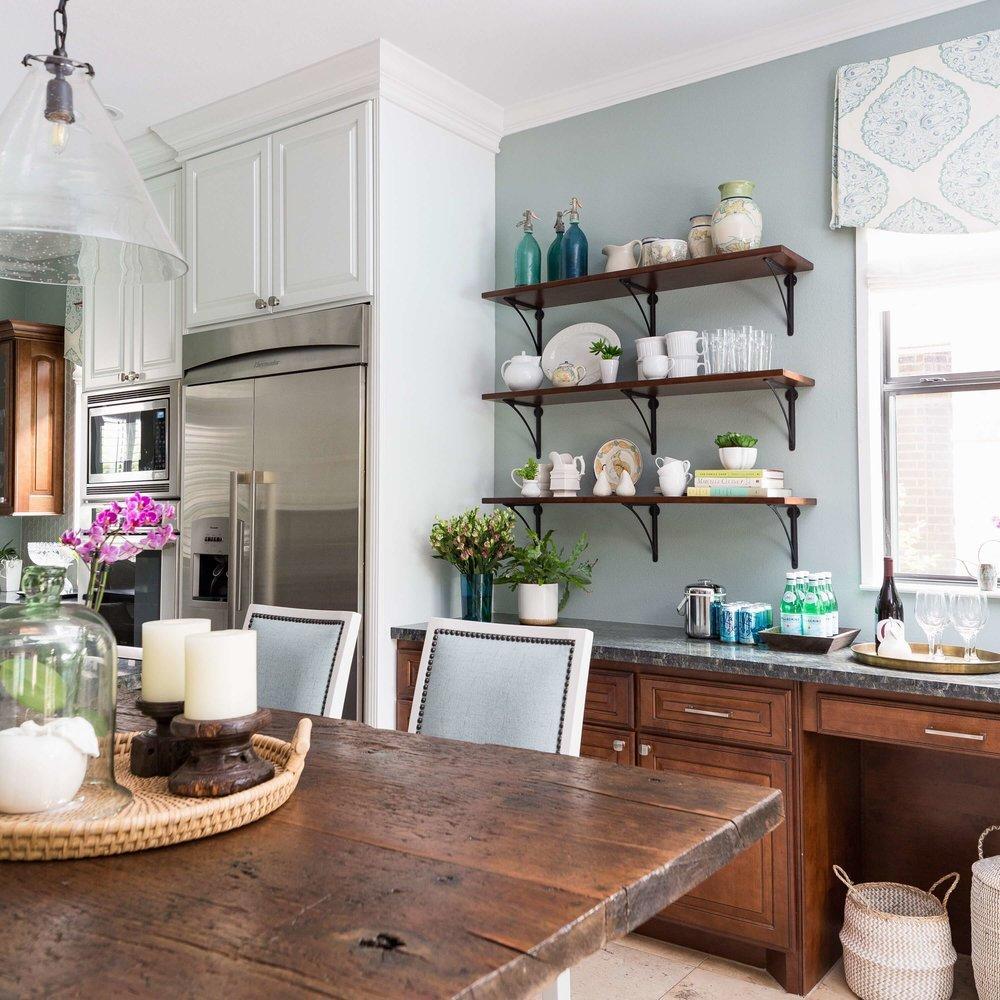 Coastal style kitchen makeover w/ open shelves and reclaimed wood countertop - Carla Aston, Designer | Colleen Scott, Photographer | Shaun Bain, Contractor | #turquoisekitchen #coastalkitchen #openshelves