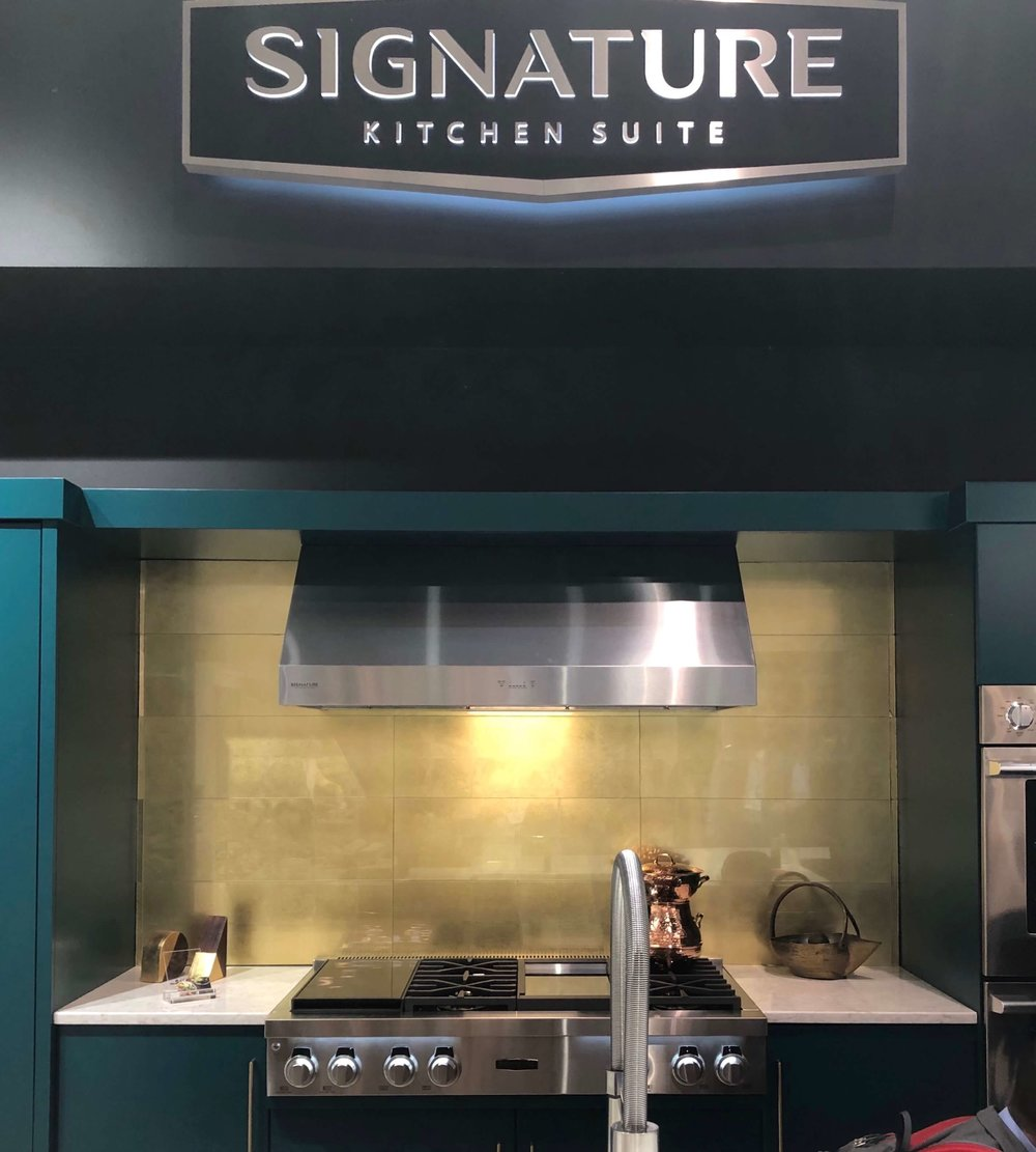 Loved this display of Signature Kitchen Suite Appliances at their booth during KBIS 2019. #appliances #sousvide